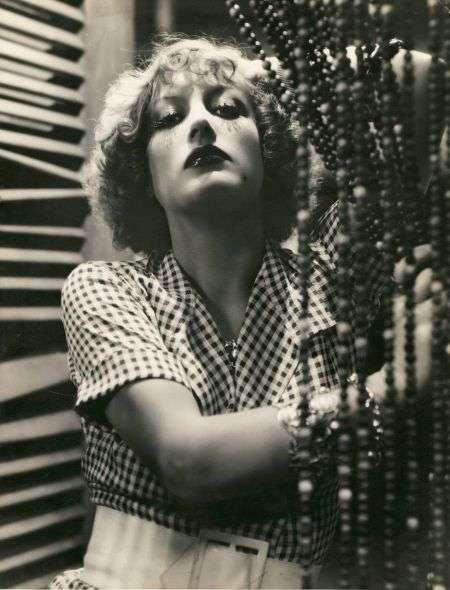 Joan Crawford publicity shot 1932