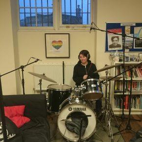 suzy recording drums